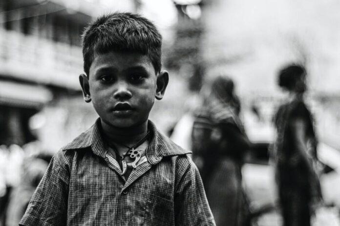 अपना भारत फिर महान हो जाता