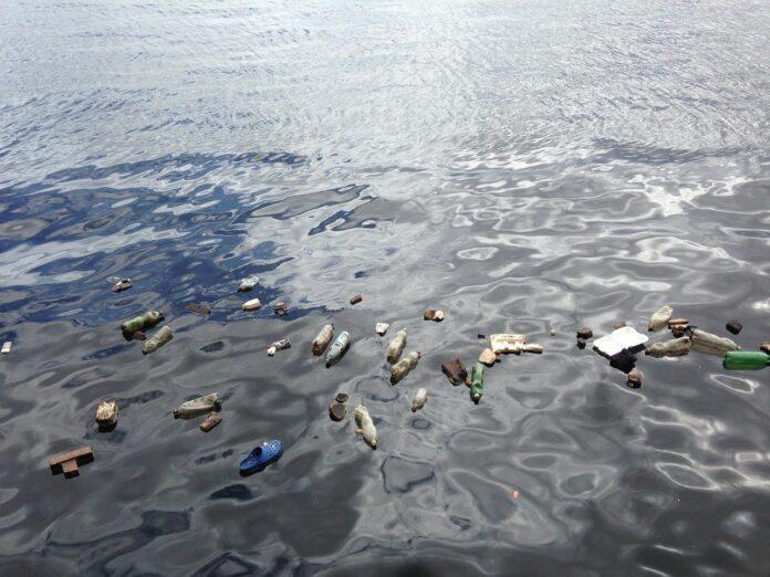 समुद्री जल प्रदूषण पर निबंध